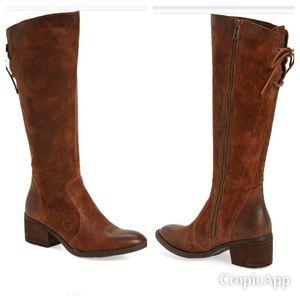 ✨Sale✨Born Felicia Knee High Boot